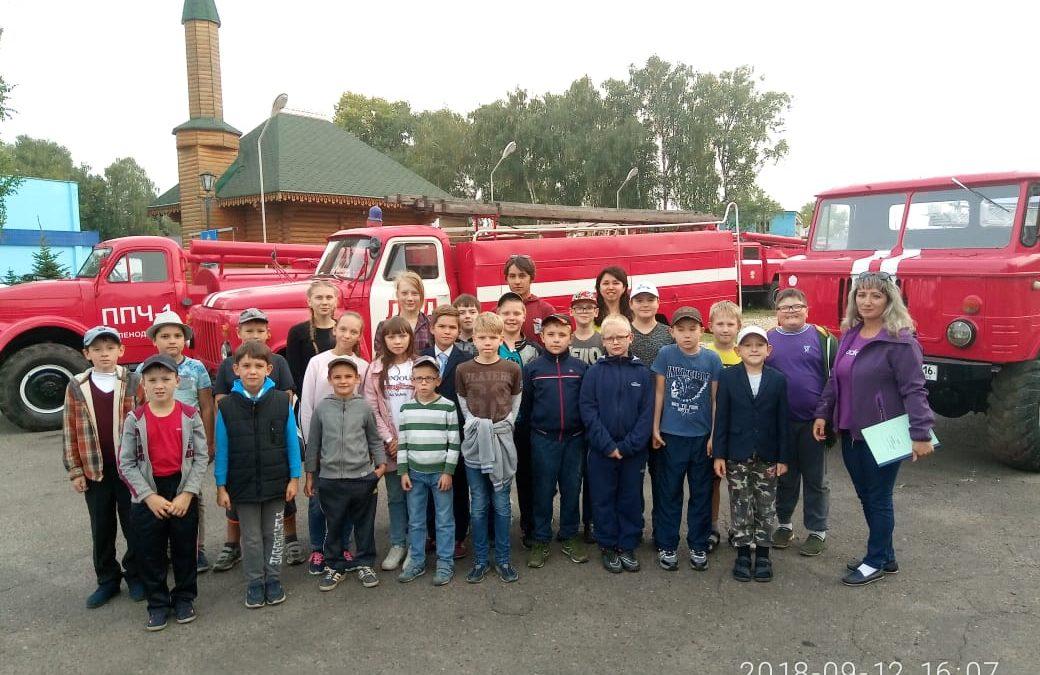 Воспитанники яхт-клуба «Дельфин» посетили Музей пожарной охраны Зеленодольска