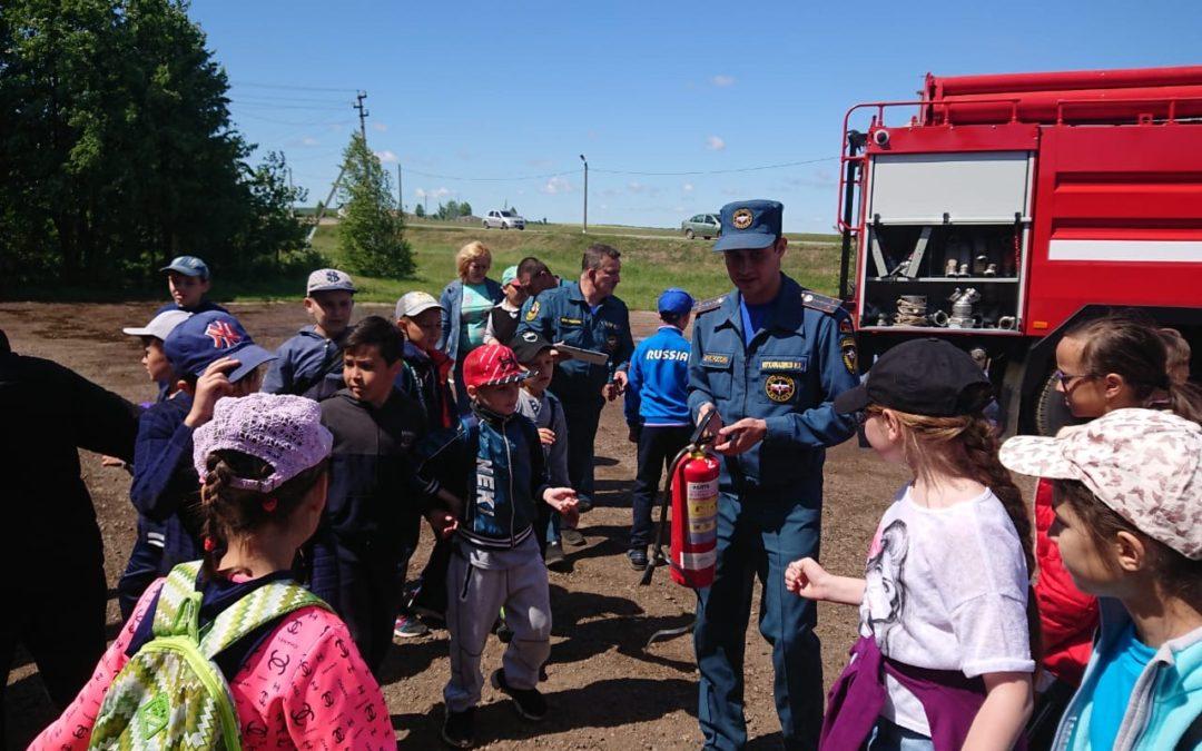 Встреча с воспитанниками пришкольного лагеря