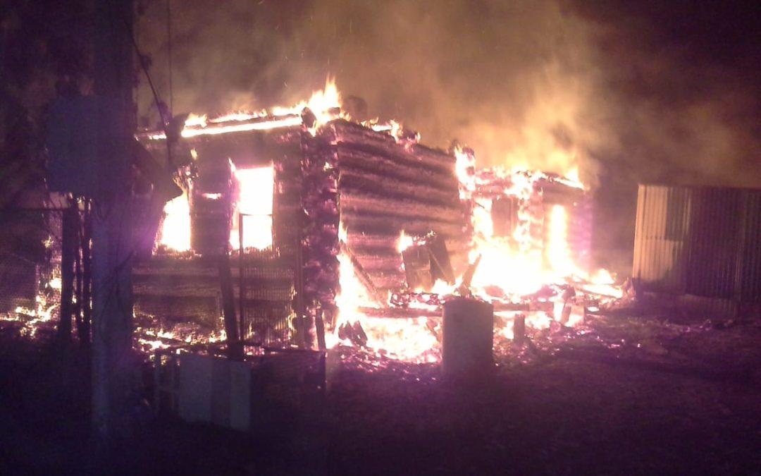 В Буинском районе сработавший пожарный извещатель спас от гибели на ночном пожаре многодетную семью