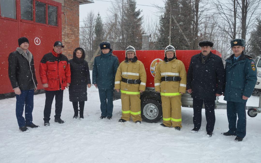 Передача мобильного пожарного поста ДПК Лякинского сельского поселения