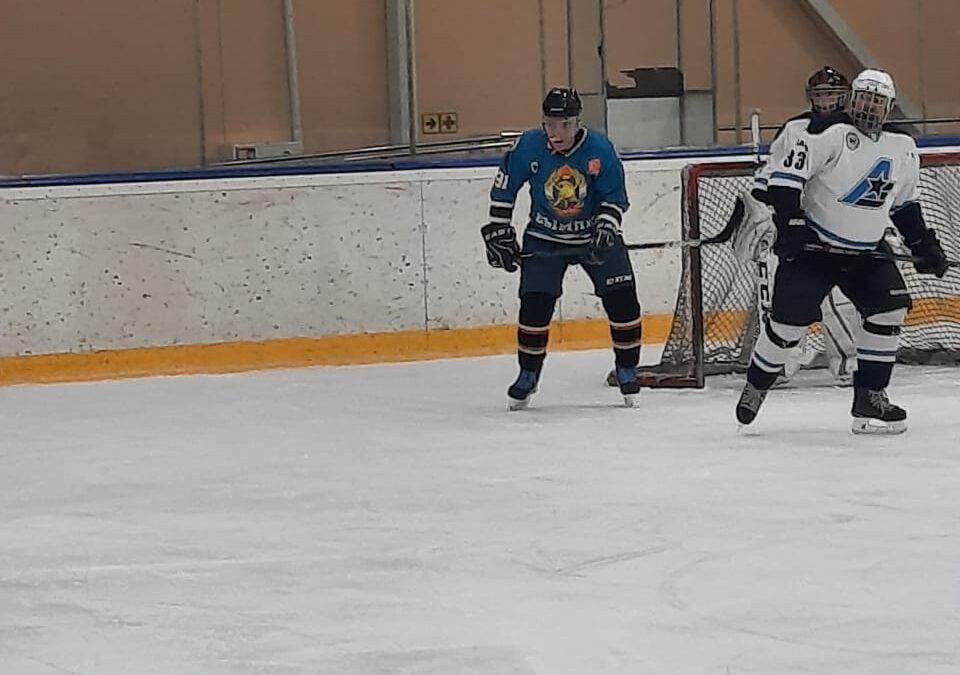 Очередная победа команды ВДПО по хоккею