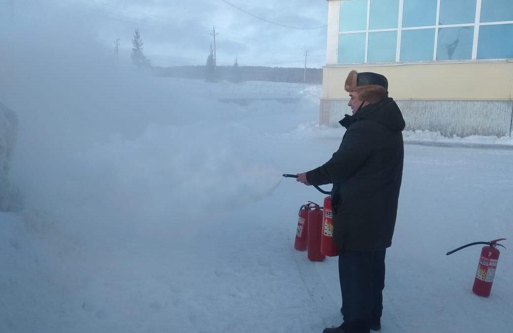 ПТМ для сотрудников ледового дворца.